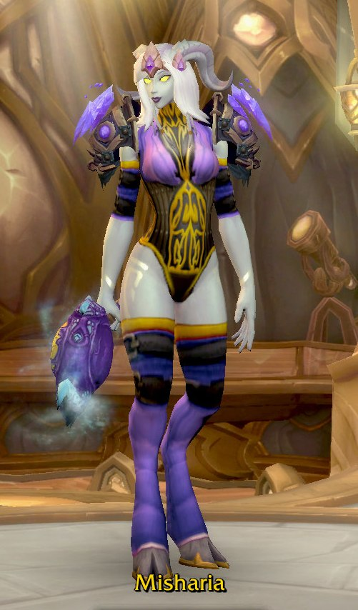 Frost Mage Purple Transmog for Misharia - Lightforge Dreanei Alliance
